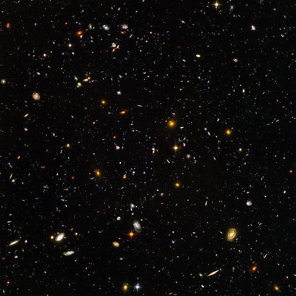 """Fotografia do """"Espaço Profundo"""" do telescópio Hubble"""